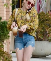 EmmaRoberts_RunningErrands_LosAngeles_September_2018_281129.jpg