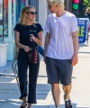 emma-roberts-and-evan-peters-shopping-in-los-angeles-08-04-2018-2.jpg